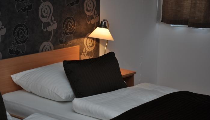 Canada Hotel Budapest Egyágyas szoba beltér